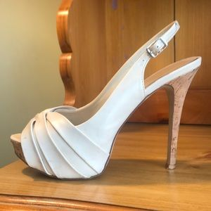 Aldo platform pumps size 39 (fits like a 38)